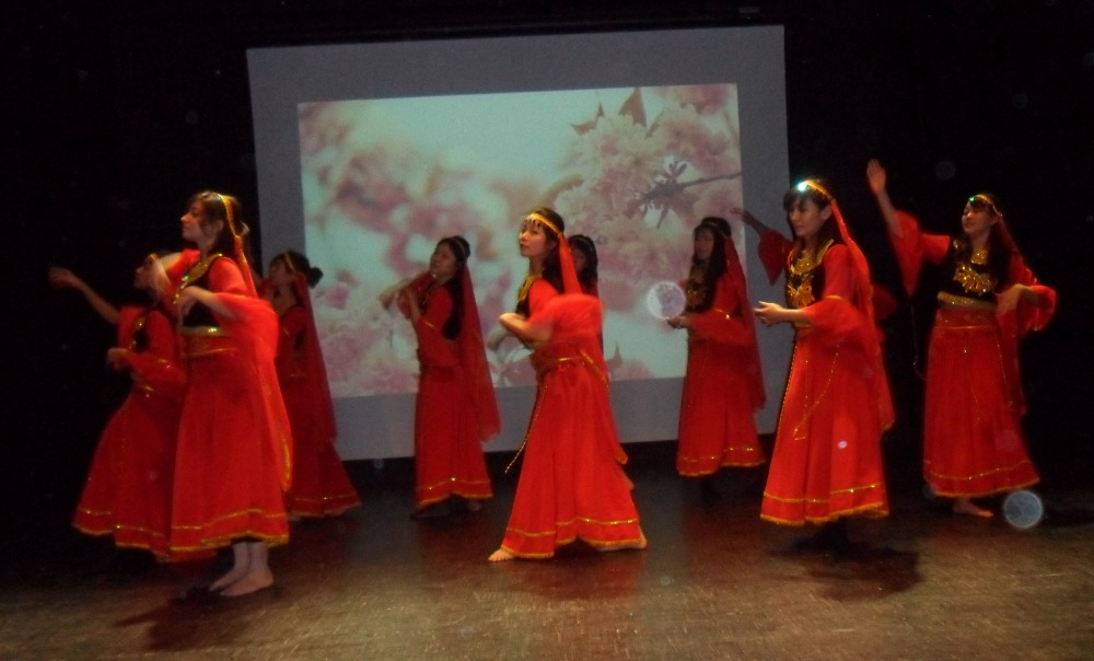 Danse folklorique asiatique-Maison de l'étudiant-21 mars 2014-1